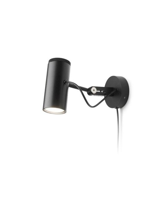 Polo A in schwarz mit Stecker