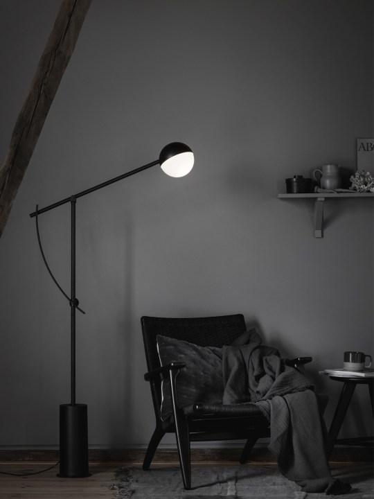 Balancer Stehlampe bei DesignOrt Berlin