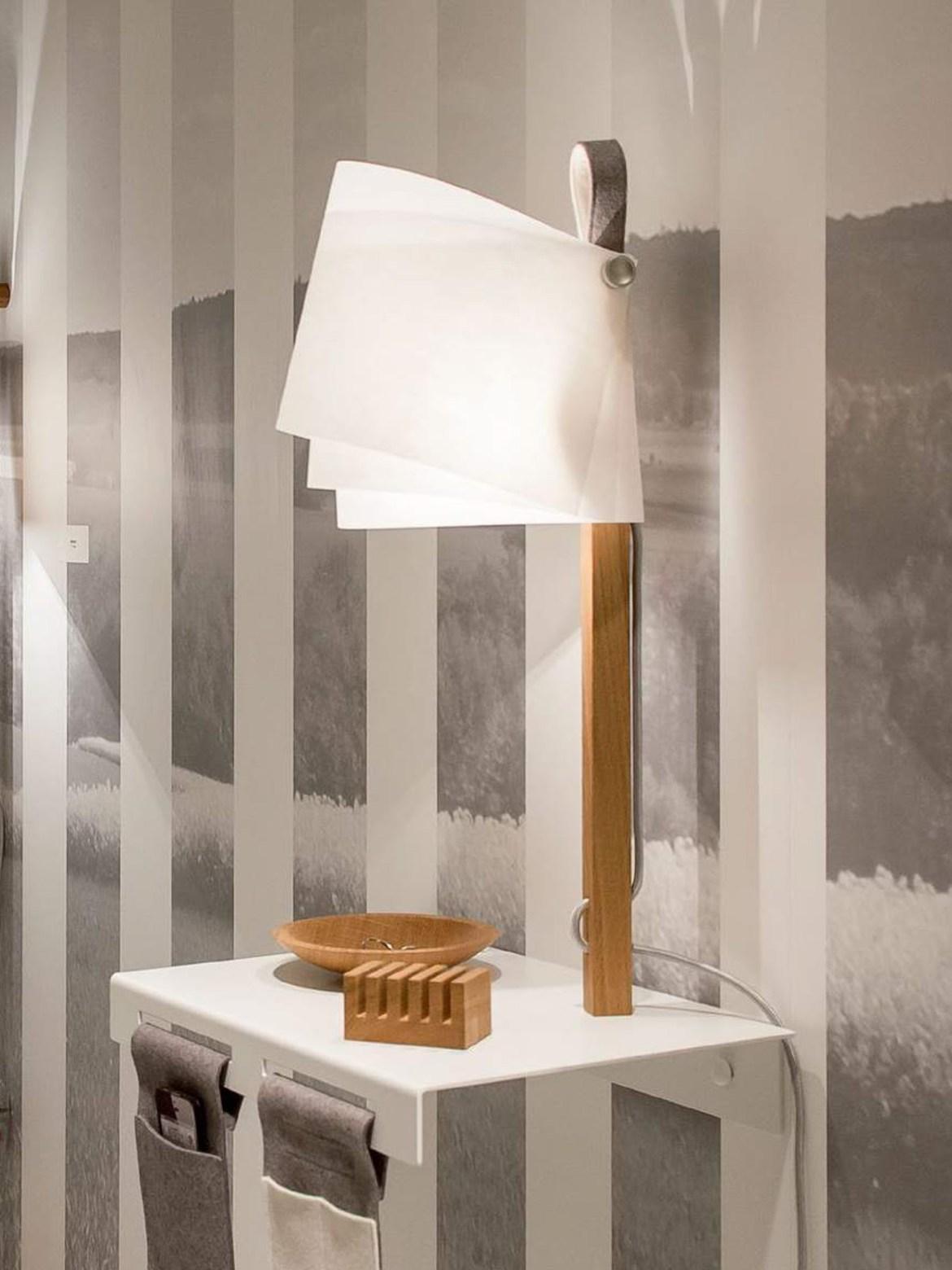 Flaeks Regalleuchte Designerleuchten mit Ablage bei DesignOrt Onlineshop Berlin