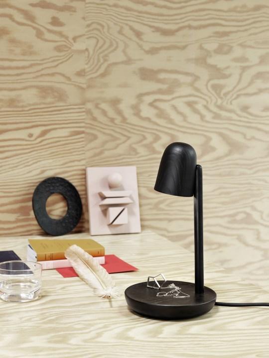 Tischleuchte Holz Focus von Muuto DesignOrt Onlineshop