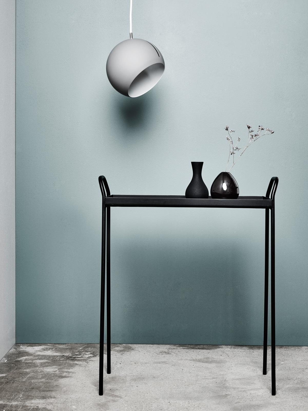 Tilt globe lampen leuchten designerleuchten online - Flurlampen modern ...