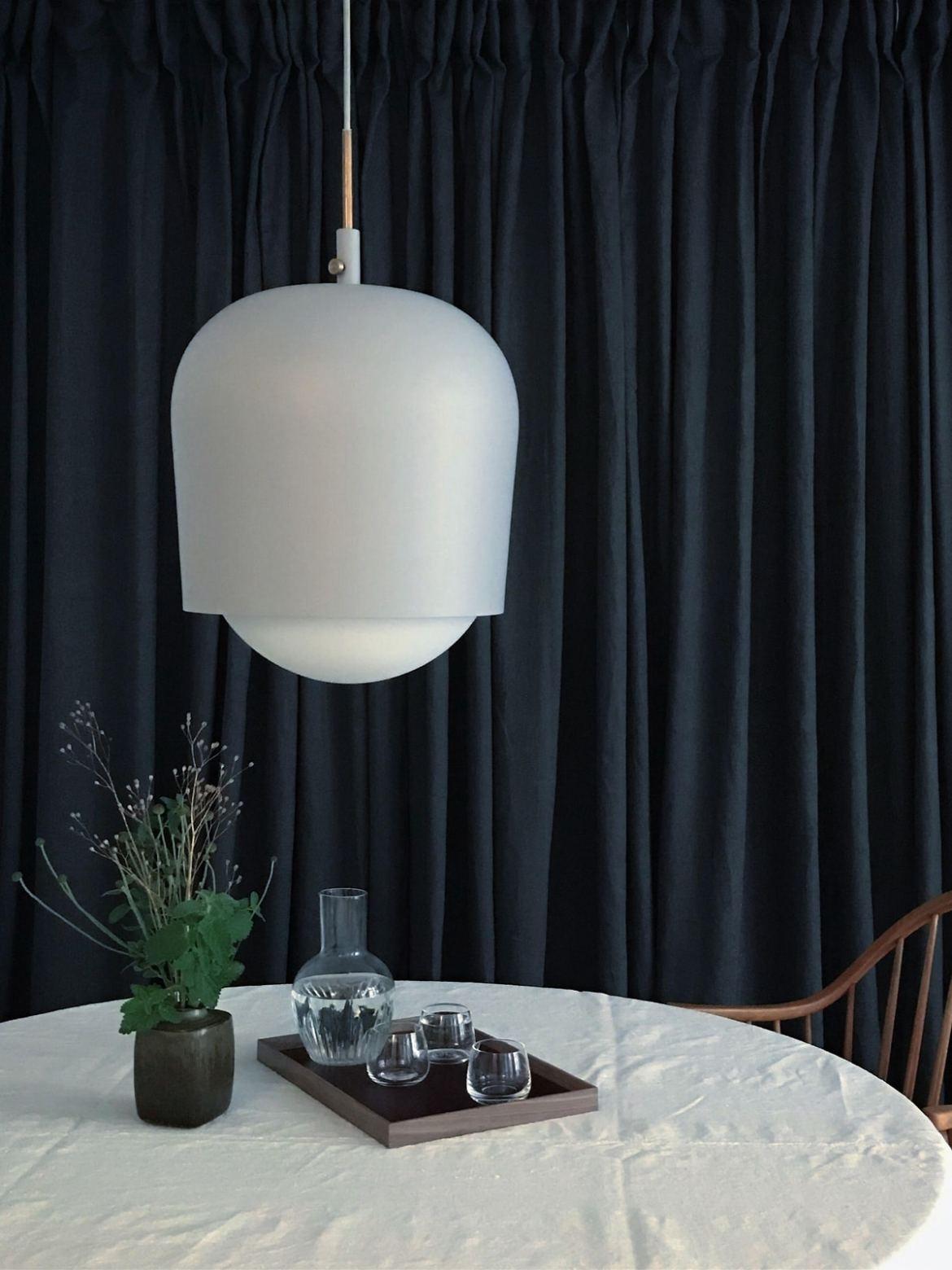 DesignOrt Blog: Neue Designerlampen Pendel Lampe Blind Lamp manuel dimmbar munk collective