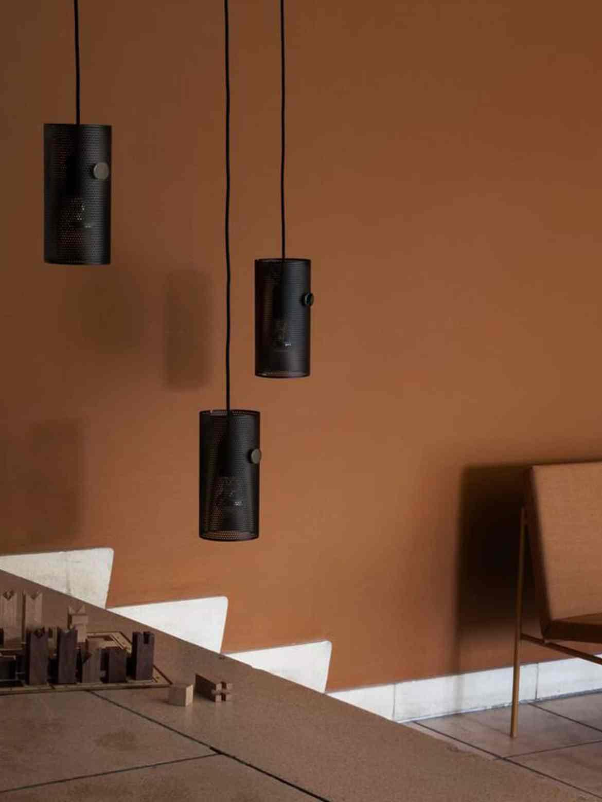 DesignOrt Blog: Multifunktionale Designerleuchten Tischleuchte oder Pendellampe Turn von MUNK