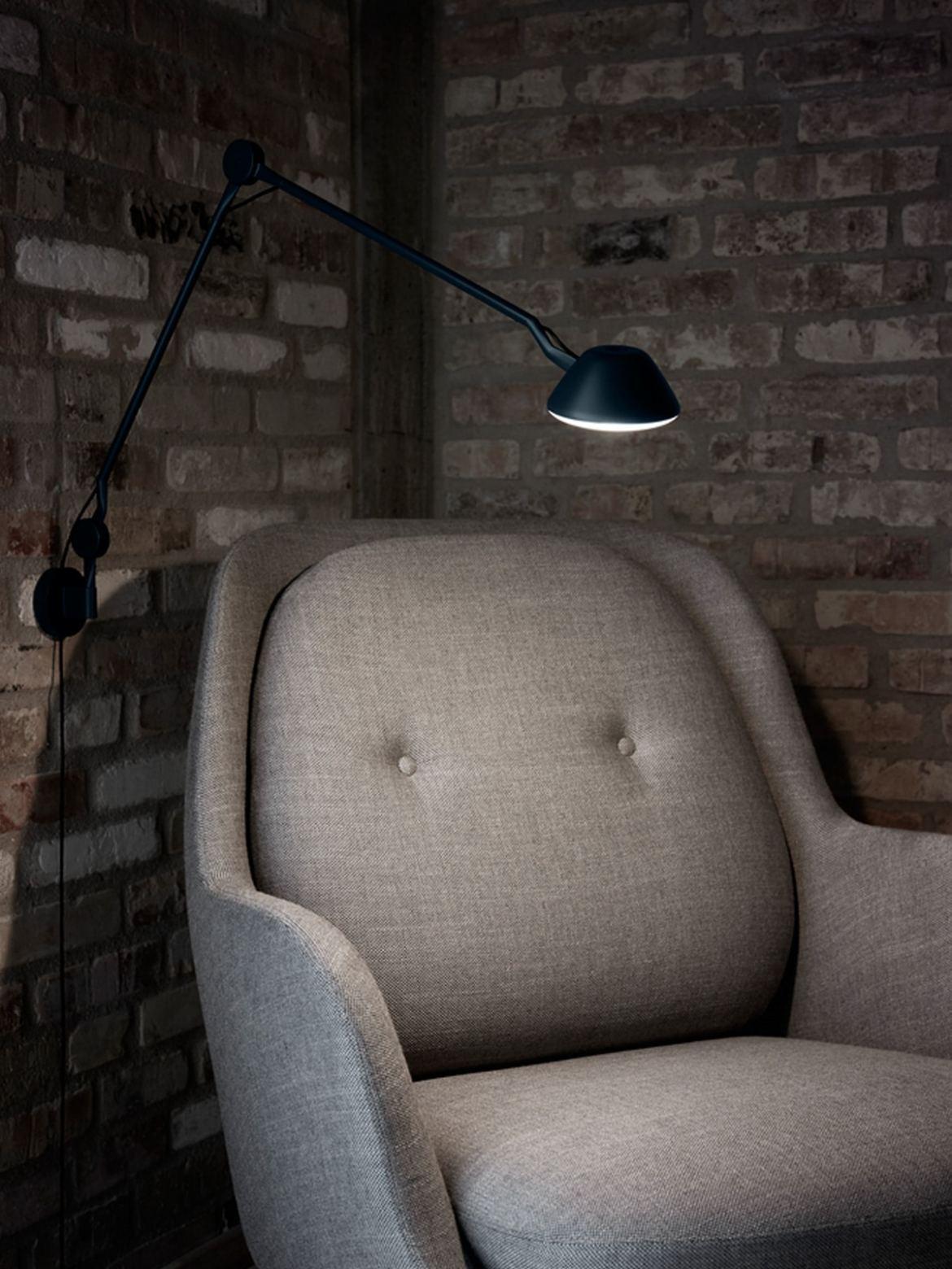 DesignOrt Blog: Leseleuchten AQO1 Tischleuchte oder Wandlampe Lightyears