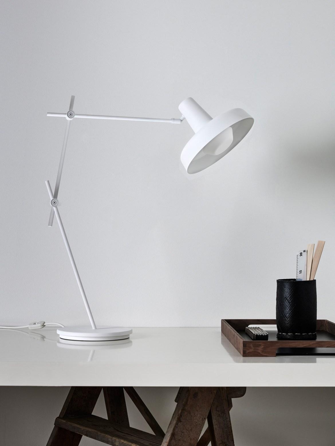 DesignOrt Blog: Grafische Designerleuchten Tisch Lampe Arigato Grupa Products