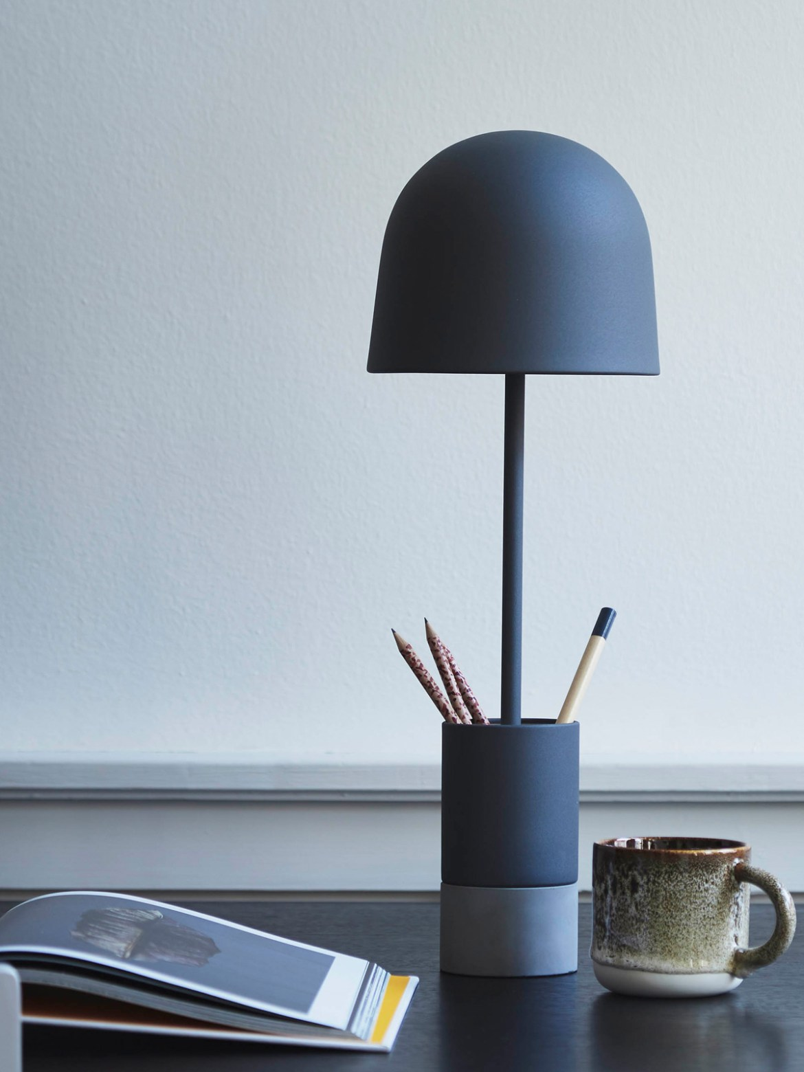 DesignOrt Blog: blaue Lampen Tischleuchte Pen Table Frandsen