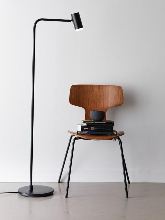 CatoQ Belid Stehlampe Schwarz