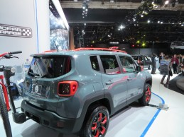 JEEP RENEGADE - 001