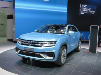 VW CROSS-COUPE - 001