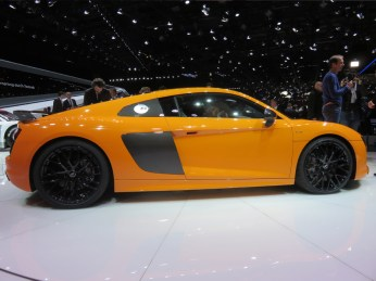AudiR8-001