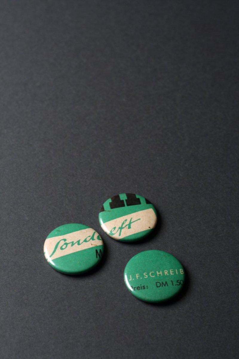 Anno Badges-36