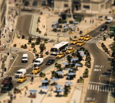 The-Sandpit---Un-giorno-a-New-York-city,-in-miniatura.-Sam-O'Hare