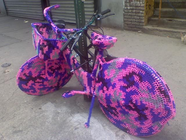 Yarn_Bombing_designplayground_11
