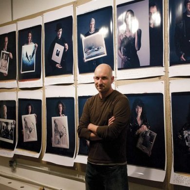 Behind Photographs, Tim Mantoani | www.designplayground.it