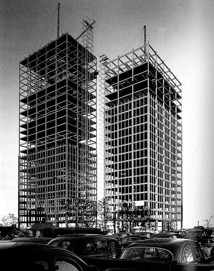 1950/51 Lake Shore drive apartment building, in costruzione