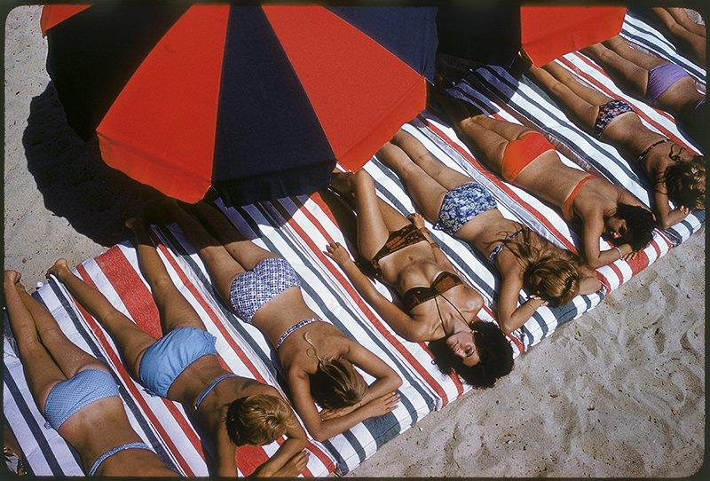 Elliott Erwitt, Saint Tropez (France 1959)