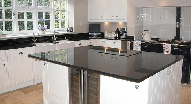 Modern Kitchen Island With Custom Worktops