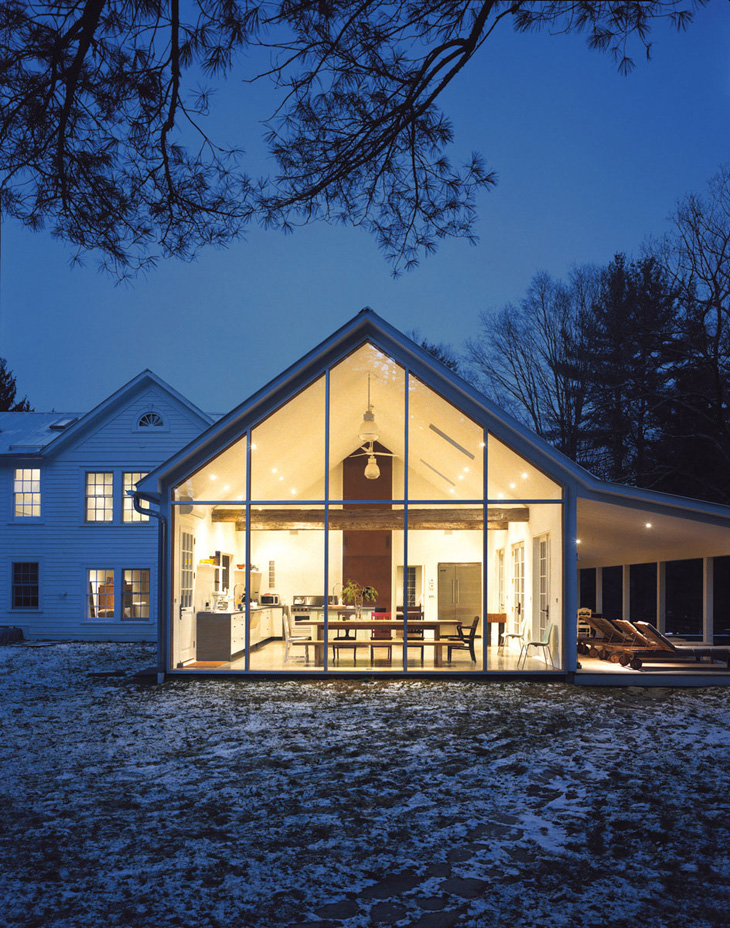 The Floating Farmhouse In New York