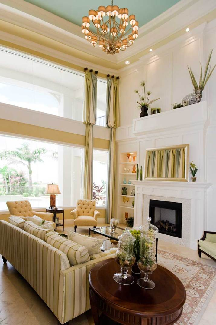 Fancy-living-room-with-beautiful-curtain-and-fireplace