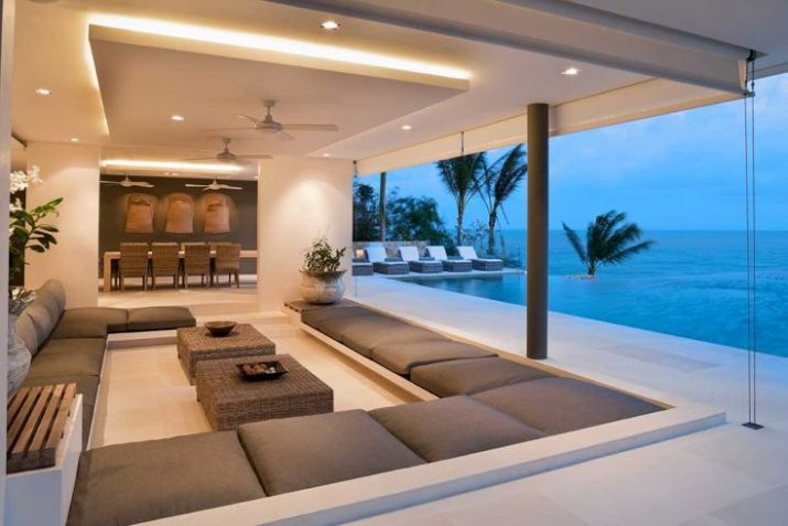 Living-room-in-contemporary-island-villa