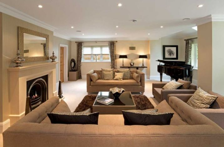 Modern-luxury-lounge-with-a-burning-fireplace-and-a-piano