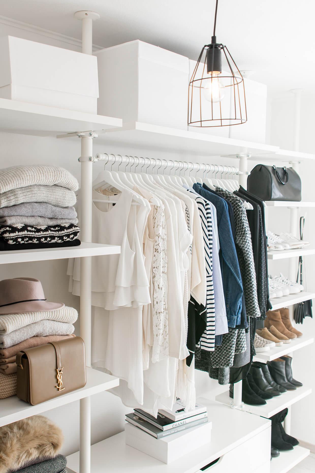 Empty that Wardrobe - Simplify Your Life