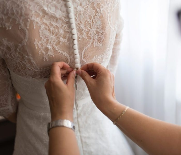 5 Useful Tips for the Mother of the Bride