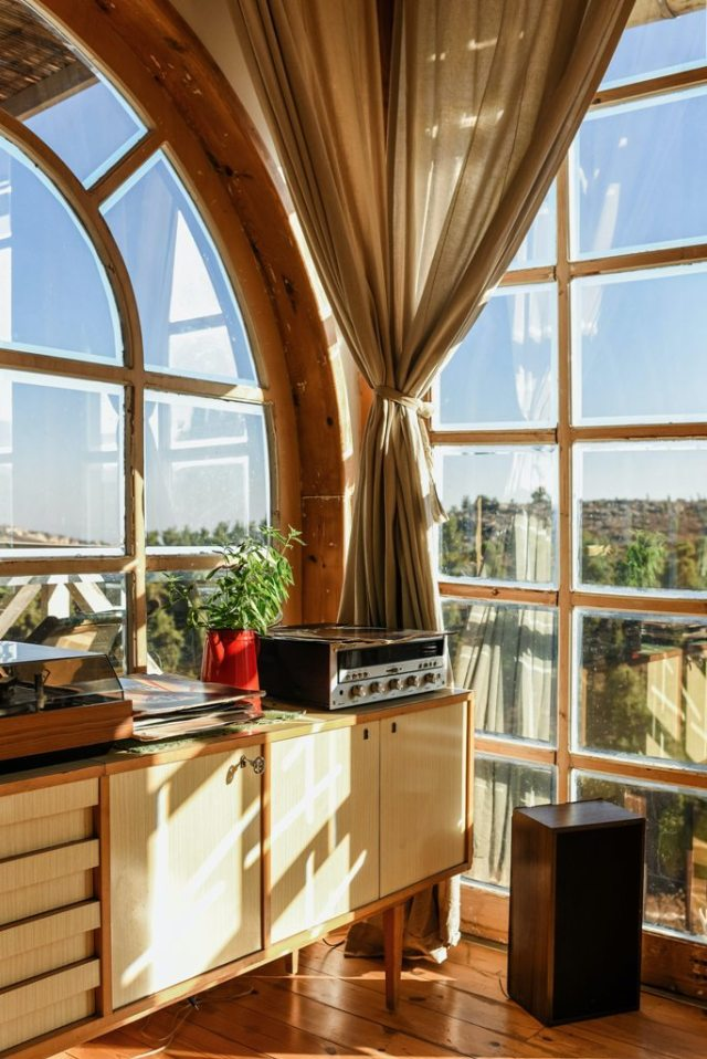 Glass-Only Replacement vs Whole Window Replacement - What to Consider