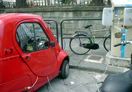 Florence small electric car charging