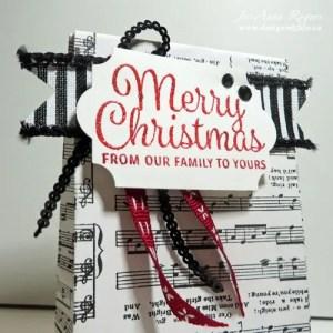 make your own Christmas gift bags