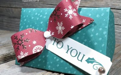 Make Easy Gift Card Holders this Year with the Envelope Punch Board | VIDEO