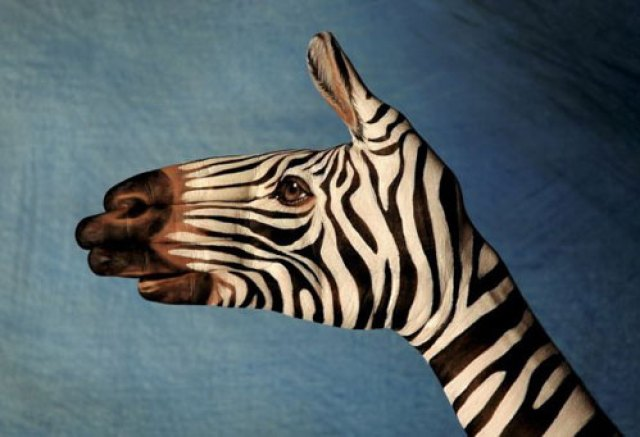 hands_art_03 Strange Examples Of Art That You'll Love - 80 Photos