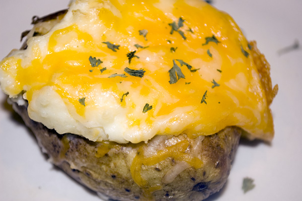 Recipe Thursday | Twice Baked Potatoes + Potato Skins