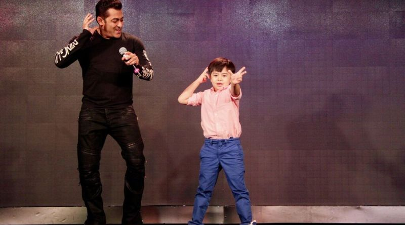 Salman Khan gives a Grand Introduction to Matin Rey Tangu