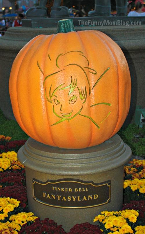 Disney Character Pumpkin Carvings at Disneyland Resort - The Funny ...