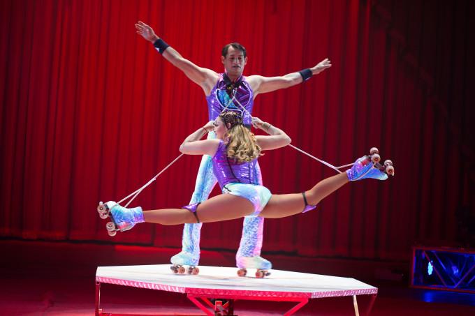 CV_Skating Torreblancas split_credit- Mike Rollerson