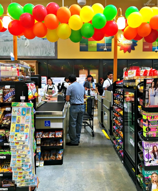 northgate_market_checkout_stands