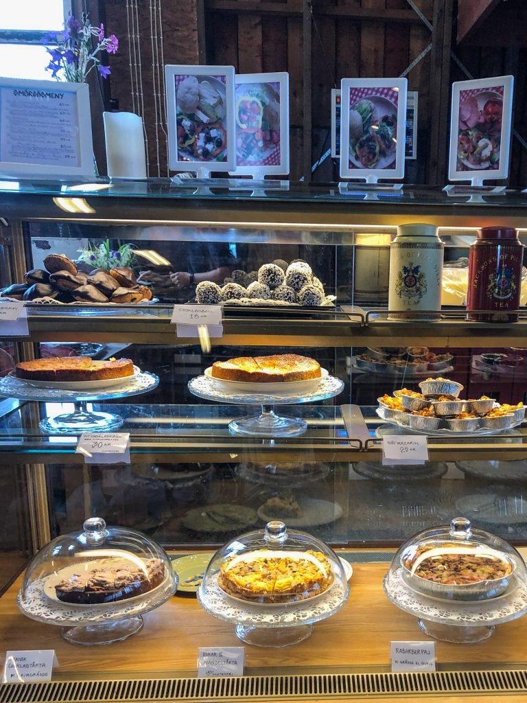 Café i Fårhus Dalarna Sweden animals sheep chicken family friendly