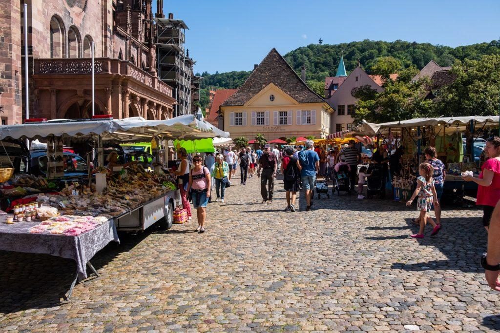 Freiburg im Breisgau , Tyskland Germany, Baden Württemberg, pastel, pastell, Münsterplatz