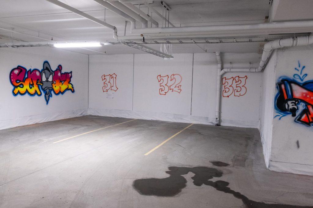 parking house, grafitti, Beitostølen, riddertunet
