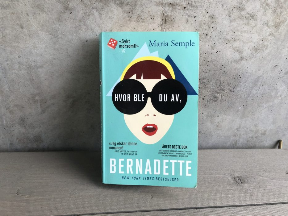 Book, pocket book, reading, reader, Bernadette, Maria Semple, Where's you go Bernadette