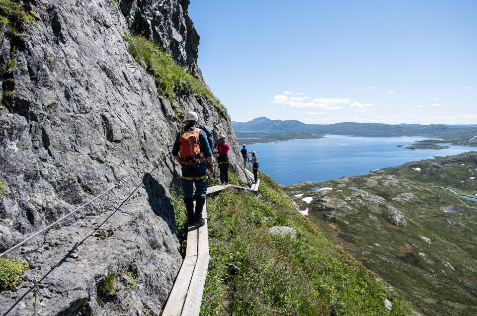 Synshorn Via Ferrata and Grønolen Fjellgard