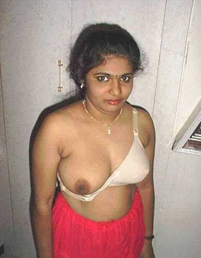 aunty hot figure boobs