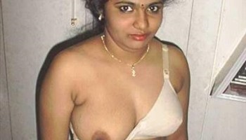 Nude indian aunties photo — pic 2