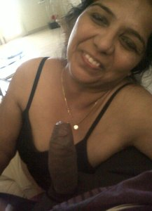 indian aunty cock lover