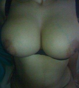 bhabhi boobs desi horny nude