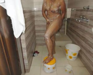 bhabhi boobs desi hot image