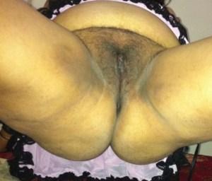 aunty show pussy nude desi