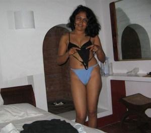 bhabhi hot naughty xx