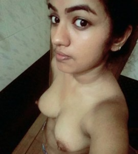 indian girl small boobs